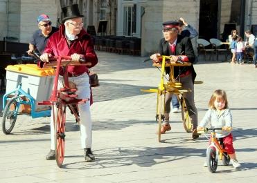 La Draisienne a 200 ans -_Dijon #2 © Dominique BROSSAT